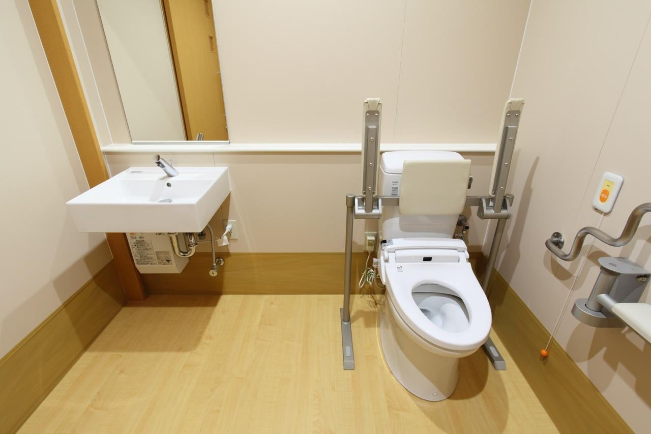 共用トイレ-2